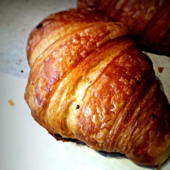 Croissant @ Takapuna Beach Cafe
