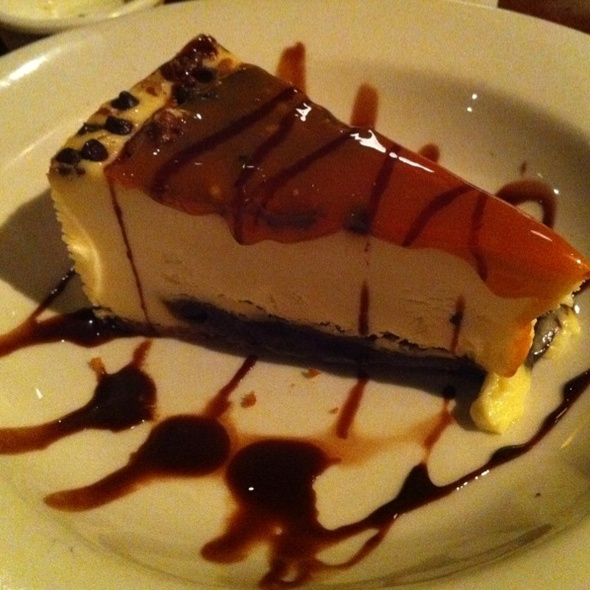 Turtle Cheesecake @ Carino's Italian