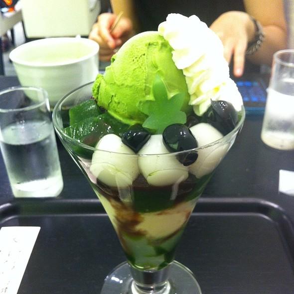 Matcha Parfait @ イオリ・カフェ大丸店