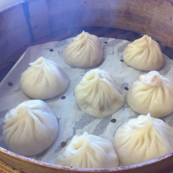 Steamed Soupy Pork Dumplings @ My Dumplings