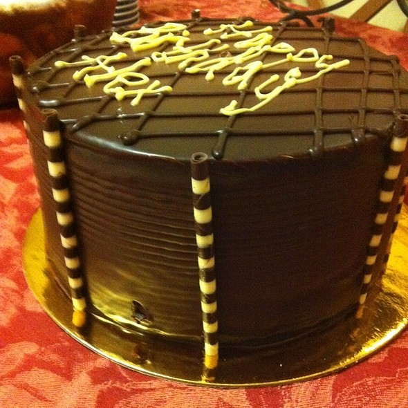 7 Layer Chocolate Cake @ Martha's Country Bakery