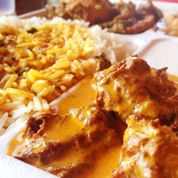veggie chicken @ Samosa House East