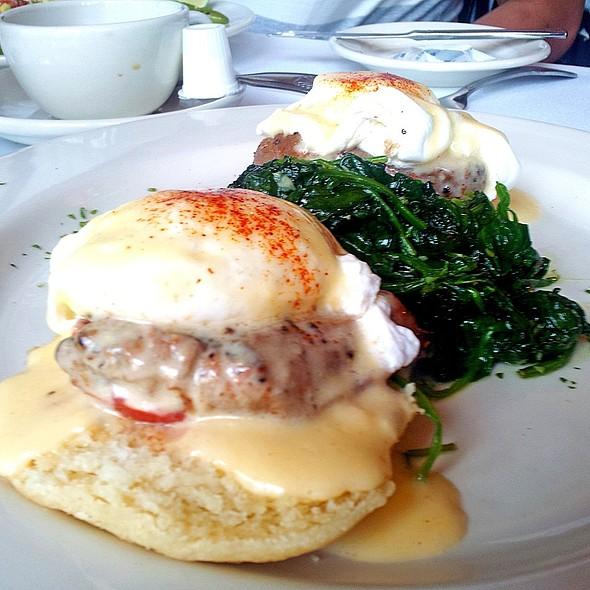 Grilled Beef Tenderloin & Roma Tomato Benedict - Tony Mandola's, Houston, TX