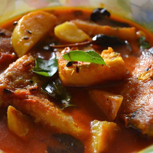 Spicy Rohu Fish Curry