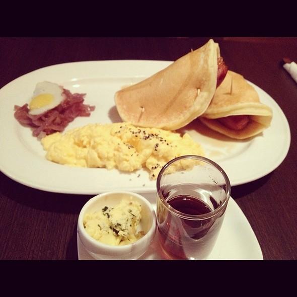 """""""Snuggle Up"""" Savoury Pancakes @ Strictly Pancakes"""