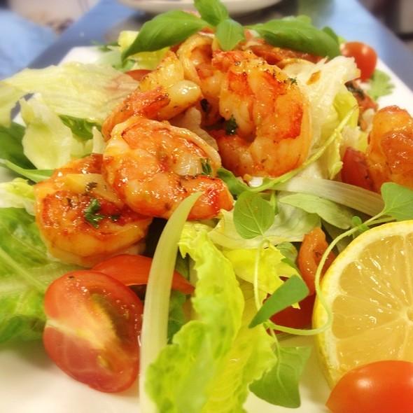 shrimp salad @ Team Effenbert Cafè