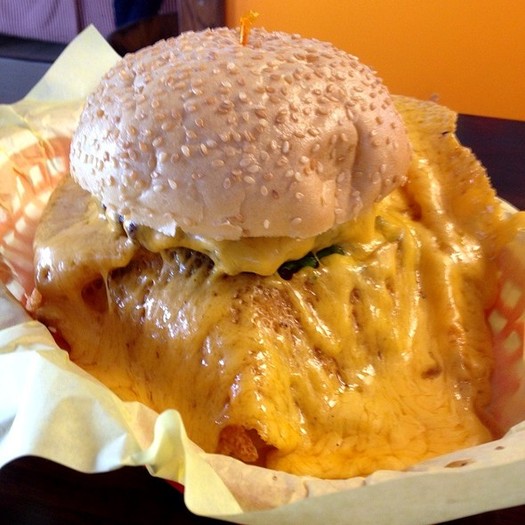 Squeeze Burger with Cheese @ Squeeze Inn