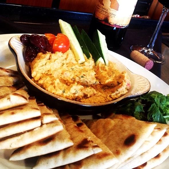 Hummus @ Bin 33