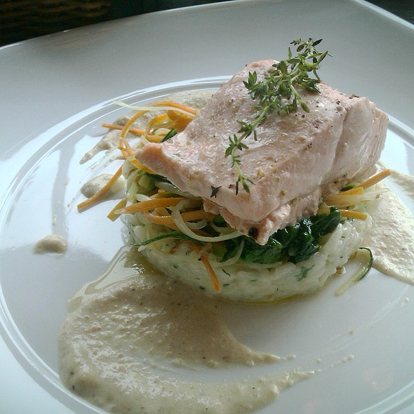 Steamed Salmon in Walnut Sauce with Risotto and Mixed Vegetables @ Tiffani