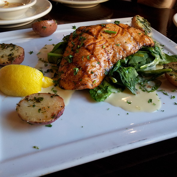 Salmon - BluWater Bistro - Leschi, Seattle, WA