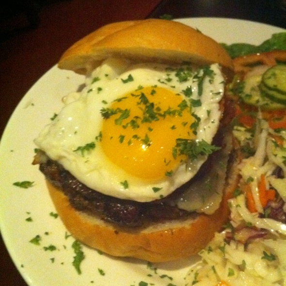 Burger With Fried Egg @ B3