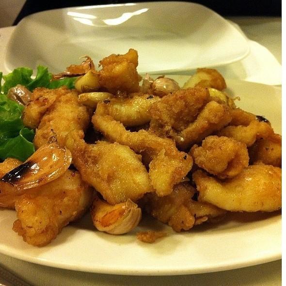 Garlic Calamari