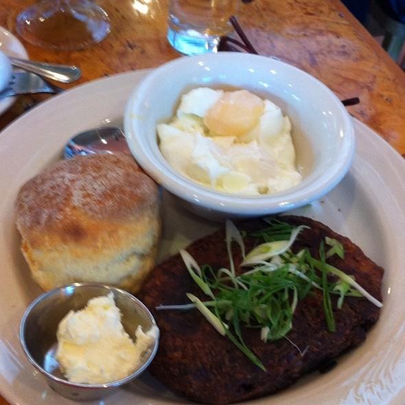 Chicken Hash @ Ella's Restaurant