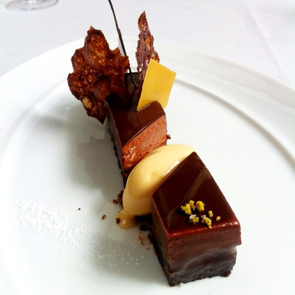 Manjari Chocolate Palet - The Modern, New York, NY