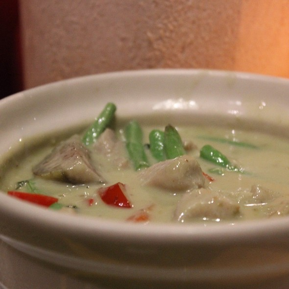 Green Chicken Curry @ Royal Thai Kitchen