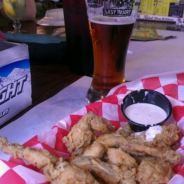 Frog Legs Appetizer - Dick's Last Resort - Gatlinburg, Gatlinburg, TN