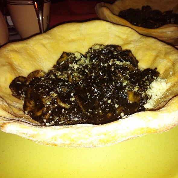 Orecchiette Nere @ Ristorante Taverna della Gelosia