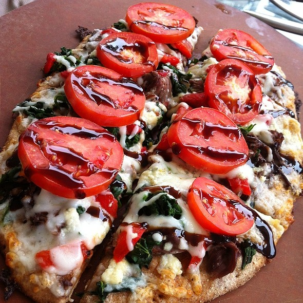 Black and Blue Pizza - City Fire, American Oven & Bar, The Villages, FL