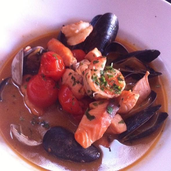 Zuppa Di Mare (Seafood Soup) @ Vero