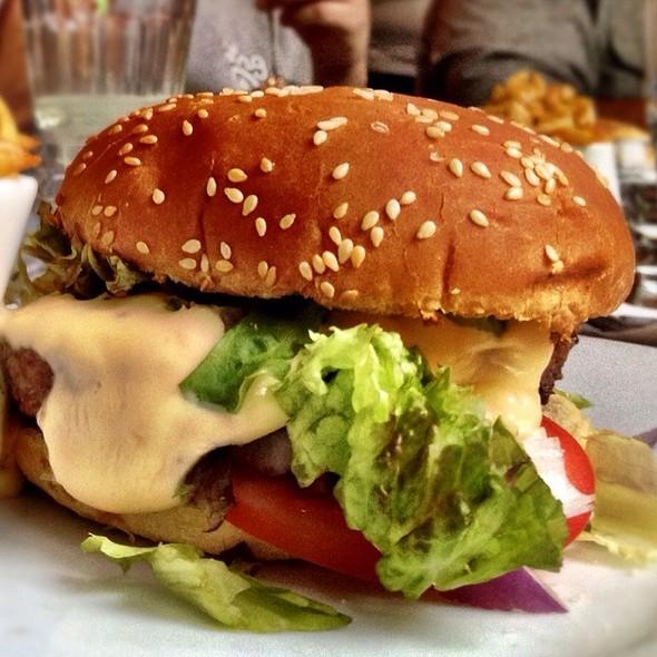 Cheeseburger @ Fée Verte (La)