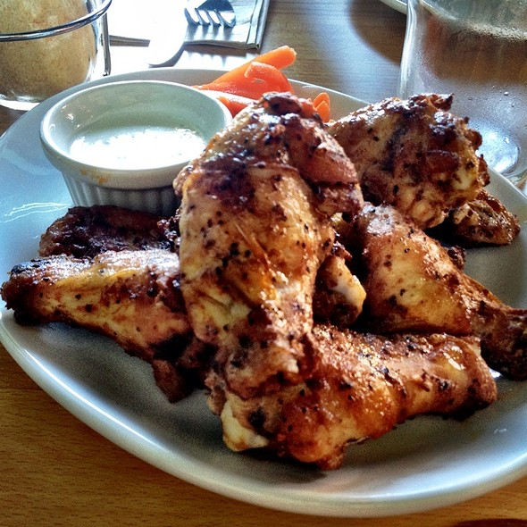 Chicken Wings @ Blue Line Pizza