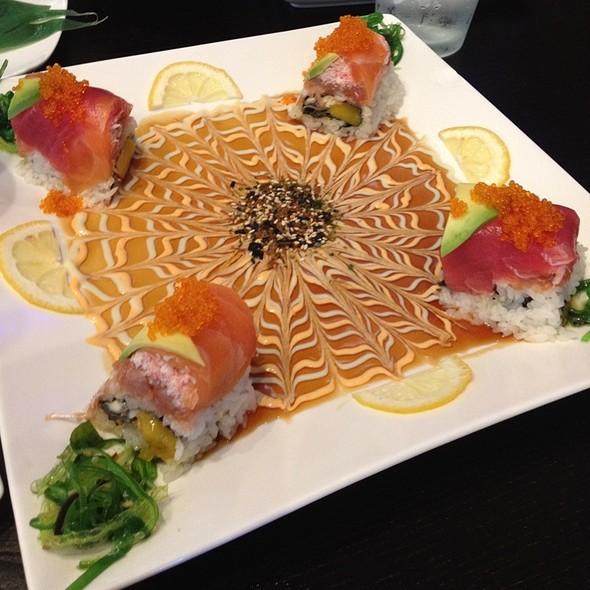 House Roll @ Yuubi Japanese Restaurant