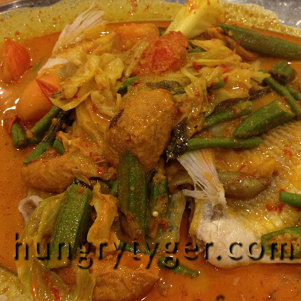 Signature Curry Fish @ Ka Soh Seafood Restaurant (Imbi)