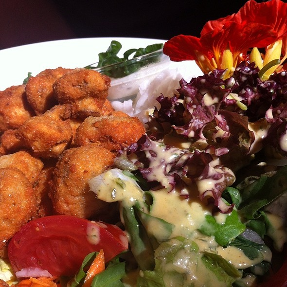 Fried Mushrooms With Salad