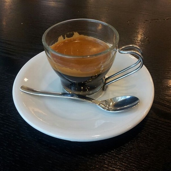 Espresso Dopio @ Joe And Dough - Suntec