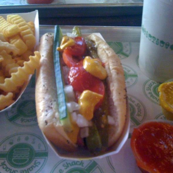 Shake-ago Style Hot Dog @ Shake Shack