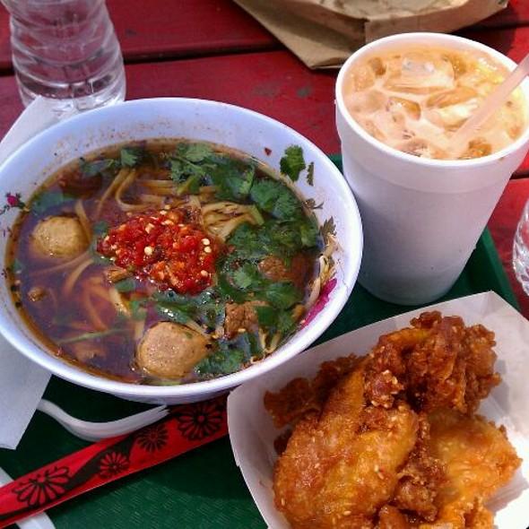 Beef noodle soup @ Wat Mongkolrata Temple