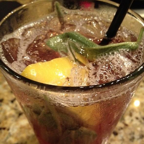 Blackberry Sage Lemonade at The Melting Pot