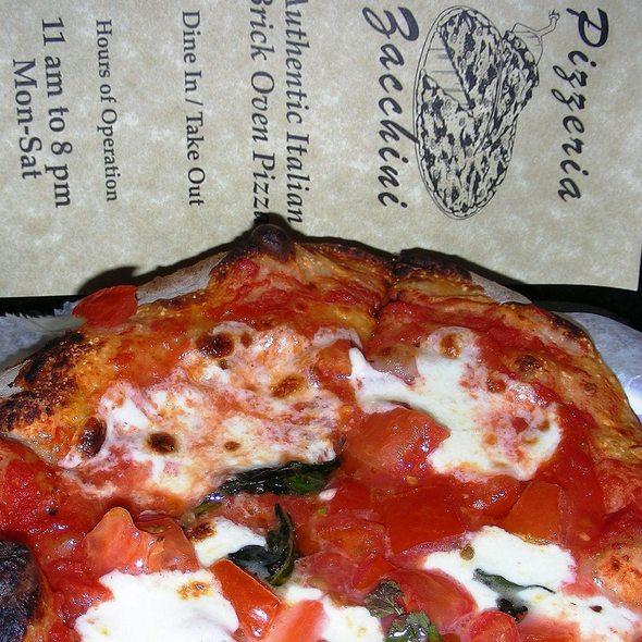 Pizza Margherita @ Pizzeria Zacchini