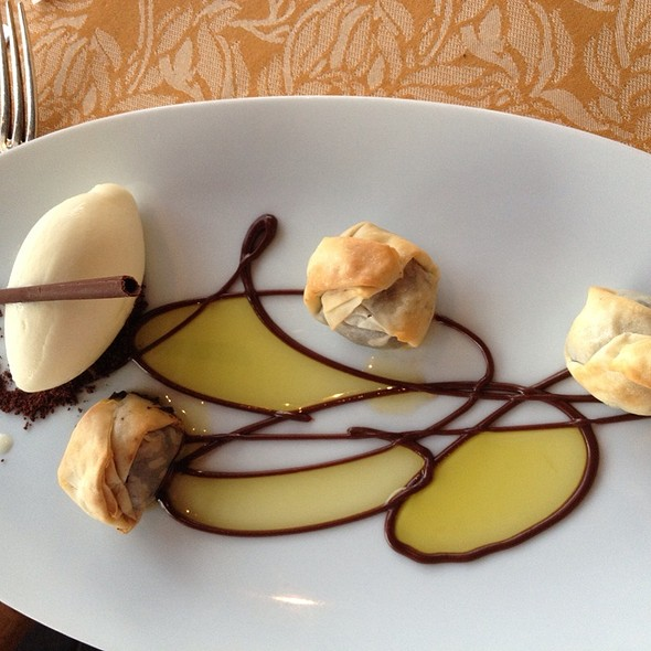 Crisp Filo Wrapped Chocolate Dumplings, Tarragon Ice Cream, Arbequina Olive Oil @ Auberge du Soleil