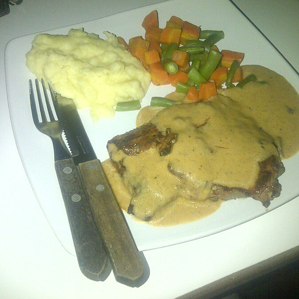 US Tenderloin Steak with Truffled Mashed Potatoes