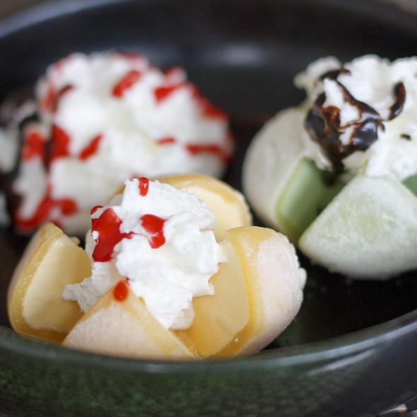 Mochi Balls - Hot Woks Cool Sushi - Roscoe Village, Chicago, IL