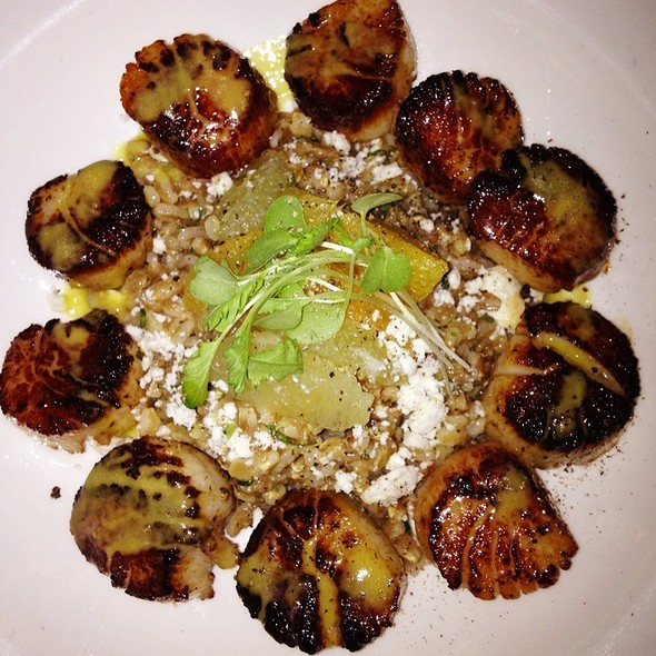 Pan Roasted Vanilla Scented Bomster Scallops - Local 121, Providence, RI