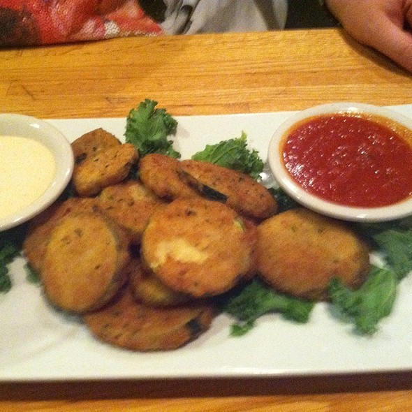 Fried Zucchini @ Popei's Clam Bar