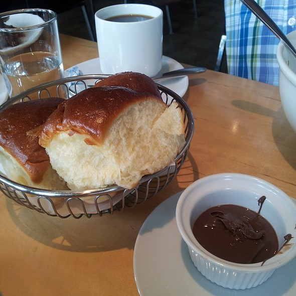 Portuguese Sweet Bread with Nutella @ Ma'ono Fried Chicken & Whisky