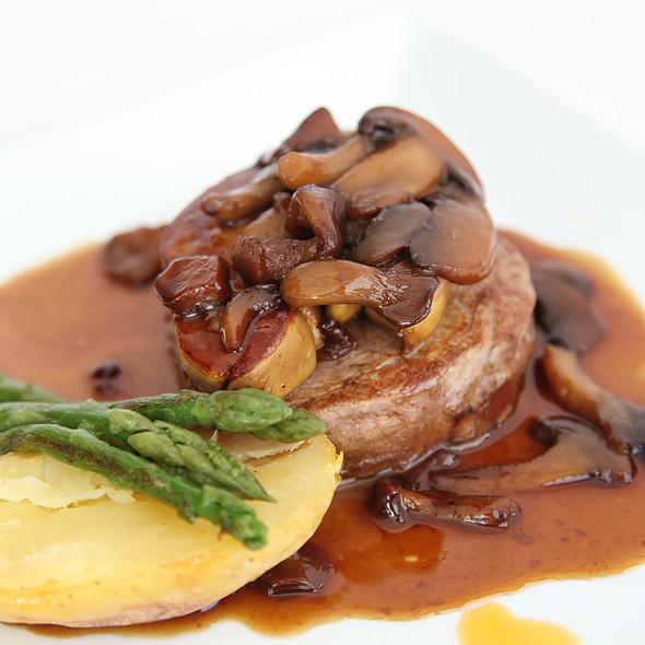 Solomillo Al Foie @ Restaurante La Marina