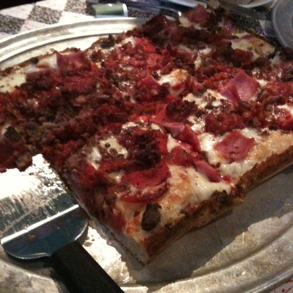 Meat Lovers' Pizza @ Buddy's Pizza