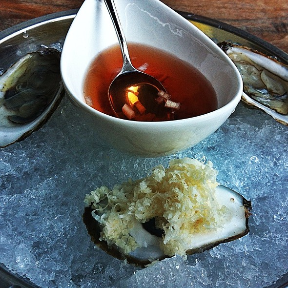Oysters - Boehmer, Toronto, ON