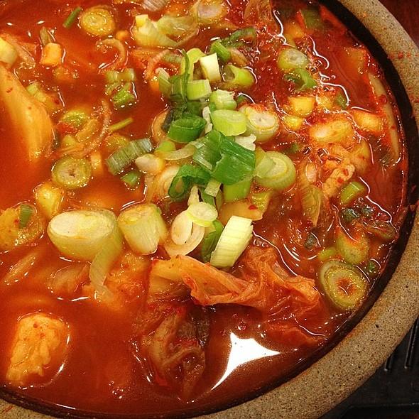 Ultimate Korean comfort food. @ 사릿골