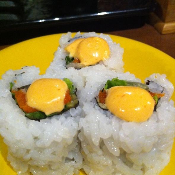 Smoked Salmon w/ Spicy Mayo Sauce @ Sushi Mojo