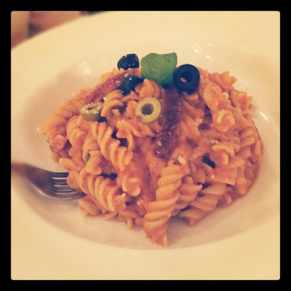 Fusilli piri piri @ cafe small talk