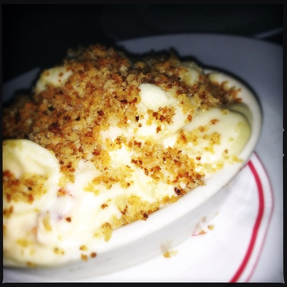 Lobster Mac 'N Cheese - Steve & Cookie's By the Bay, Margate, NJ