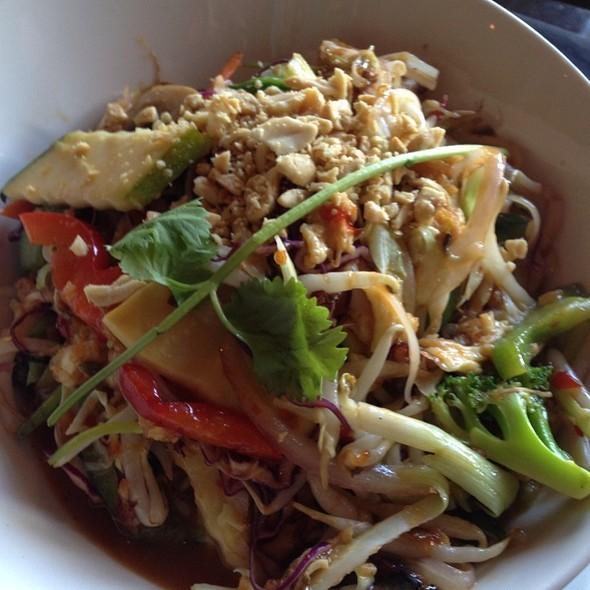 Pad Thai - Nara - Kansas City, Kansas City, MO