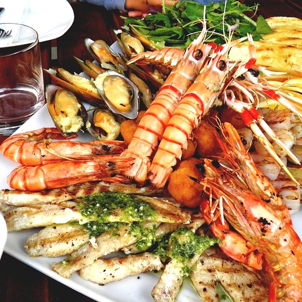 Seafood Platter @ Big Picture Wine