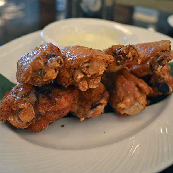 Rotisserie Chicken WINGS - Vida - Fontainebleau Miami Beach, Miami Beach, FL