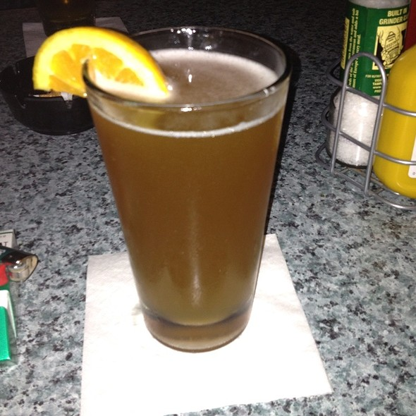 Blue Moon Beer @ Peggy O'Neills Irish Pub